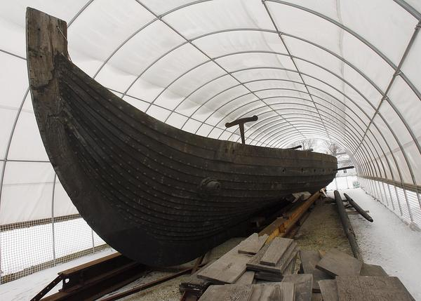 The Viking sailing ship in February 2007, stored at Good Templar Park in Geneva.