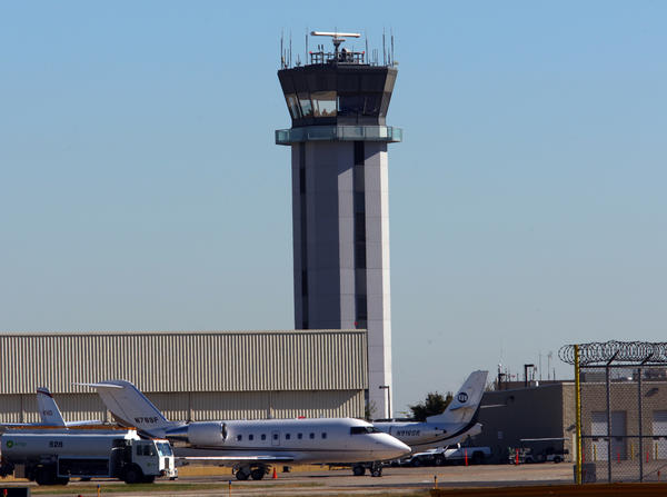Midway Airport was closed for nearly four hours overnight after a problem with its runway lights which began around 8:30 p.m., officials said.
