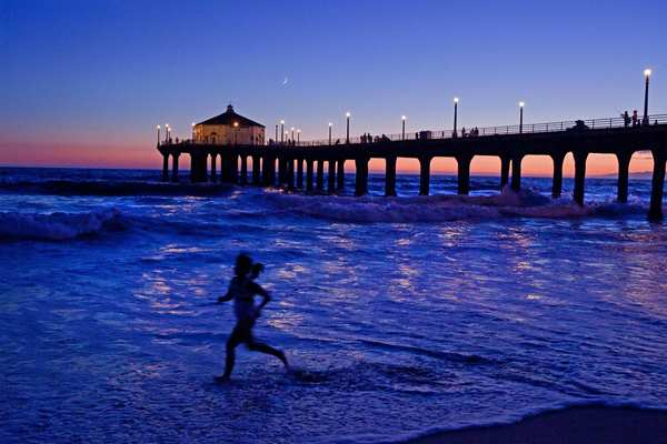 Sunset at the Manhattan Beach Pier -- early morning or late afternoon, it's a photo op waiting just for you.