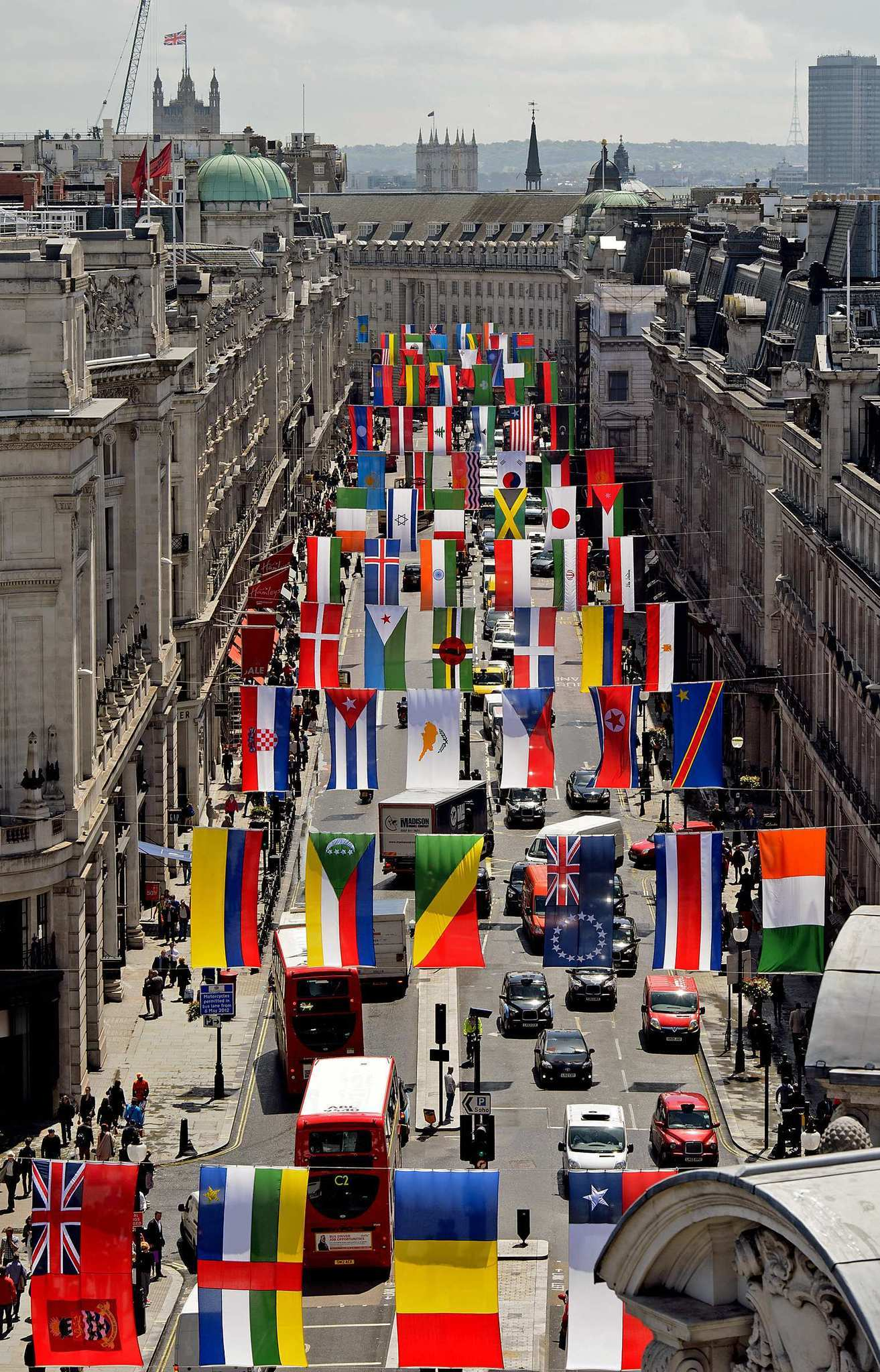 Free and inexpensive things to see and do in London - Regent Street