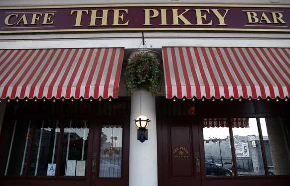 The Pikey in Hollywood is a pub in the spot that used to be the Coach & Horses.