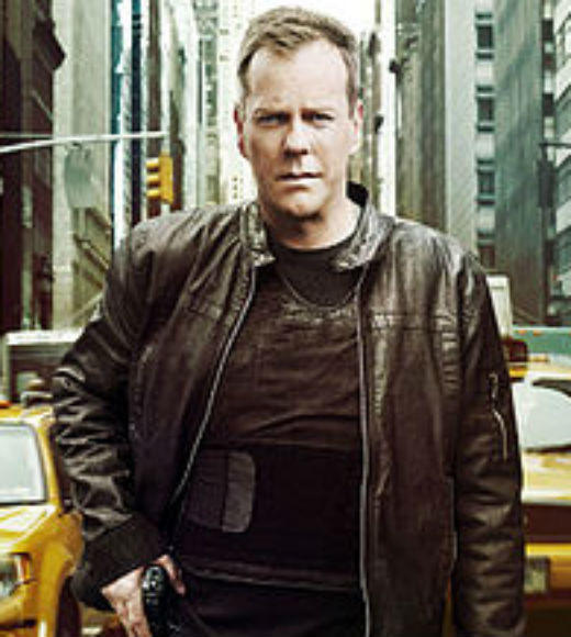 As a member of the Counter Terrorist Unit, Jack Bauer (Kiefer Sutherland) prevents terrorist attacks in the United States and often interacts with and protects the country's most powerful players. Bauer sacrifices his personal life, his relationships, and his family in order to protect the country.