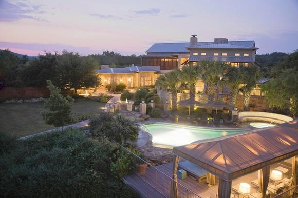 <b>Lake Austin Spa Resort</b>