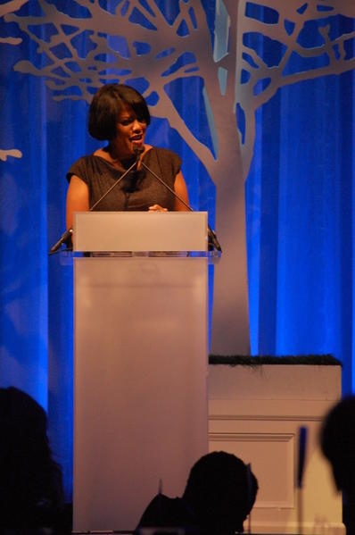 Mayor Stephanie Rawlings-Blake speaks at a benefit dinner for The Journey Home.