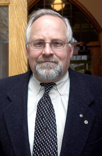 Don Van Arsdale abruptly resigned June 27 as executive director of the Glencoe Park District.