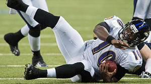 Ravens' Newsome says Troy Smith 'definitely can' still play in NFL