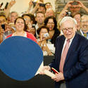 Warren Buffett plays ping-pong