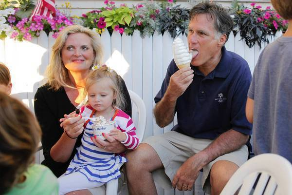 Republican presidential contender Mitt Romney and his wife, Ann, take an ice cream break with family in Wolfeboro, N.H.
