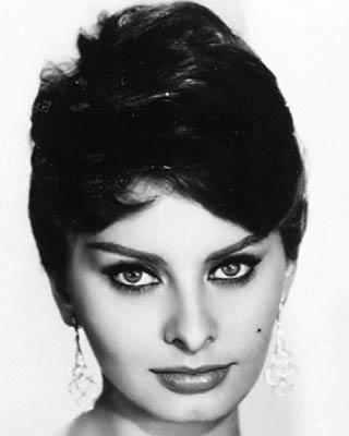 "<a class=""taxInlineTagLink"" id=""PECLB003047"" title=""Sophia Loren"" href=""/topic/entertainment/sophia-loren-PECLB003047.topic"">Sophia Loren</a> has endured as one of the great international movie stars of her generation. After her start in a series of 1950s Italian films, she burst onto American screens playing opposite such leading men as <a class=""taxInlineTagLink"" id=""PECLB002049"" title=""Cary Grant"" href=""/topic/entertainment/cary-grant-PECLB002049.topic"">Cary Grant</a>, <a class=""taxInlineTagLink"" id=""PECLB003941"" title=""John Wayne"" href=""/topic/entertainment/john-wayne-PECLB003941.topic"">John Wayne</a> and <a class=""taxInlineTagLink"" id=""PECLB003472"" title=""Anthony Quinn"" href=""/topic/entertainment/anthony-quinn-PECLB003472.topic"">Anthony Quinn</a>. 