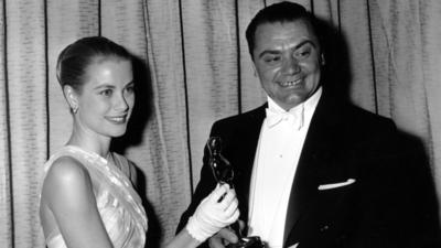 Ernest Borgnine dies at 95; won Oscar for 'Marty,' showed comic side in sitcom