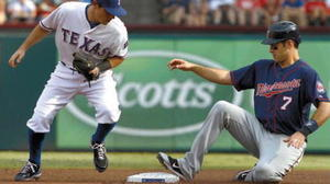 MLB: Lightning bolt stops Twins-Rangers game
