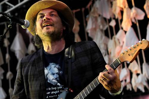 Wilco's Jeff Tweedy performs at Sunday's show in Geneva.