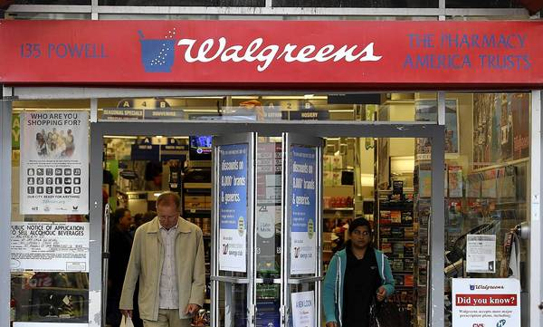Walgreen is partnering with five independent app developers to allow snapshots taken from smartphones to be sent to and printed at the chain's stores.