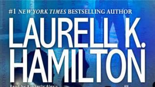 Books: Laurell K. Hamilton's Kiss the Dead