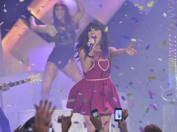 Singer Carly Rae Jepsen performs during the MuchMusic Video Awards in Toronto June 17, 2012.