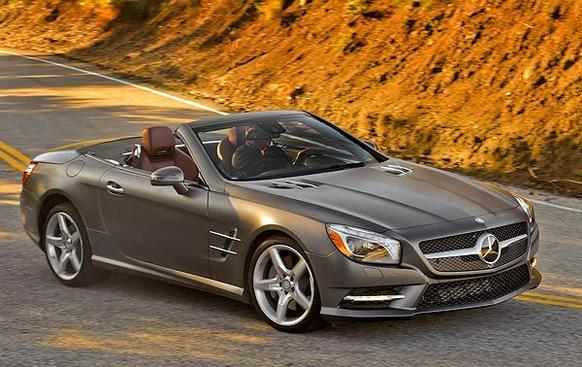 The 2013 SL's shape ends previous versions' evolution toward a sleeker profile. The car now sports a blunt, upright front bumper and grille. This moves the impact zone higher to reduce knee and ankle injuries to pedestrians.