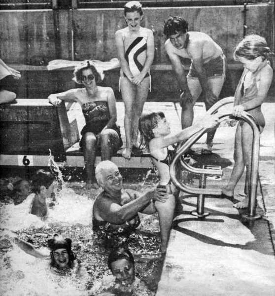 La Canadans seeking a refreshing spot on a hot summer day in July of 1982 took advantage of community swim hours at the La Canada High School pool. The facility was open to the public from 2:30 p.m. to 4:30 p.m. on weekdays and from 1 p.m. to 4 p.m. on weekends.