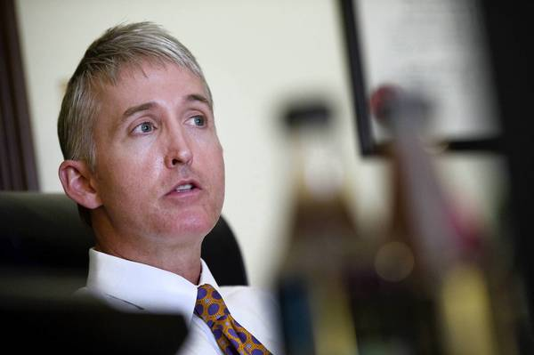 Rep. Trey Gowdy (R-S.C.) suggested that U.S. attorneys subpoena journalists to determine the names of sources who provide classified information.