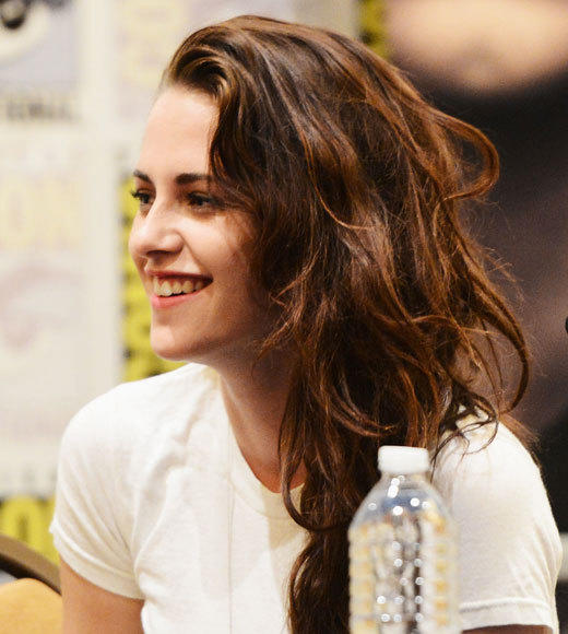 Overheard at Comic-Con 2012: I can totally rip your head off.  -- Kristen Stewart to Robert Pattinson on Bellas ability to take Edward down