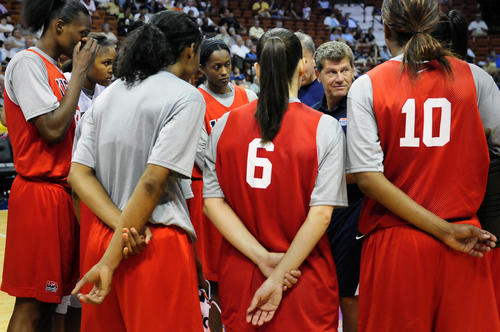 Head Coach Geno Auriemma pulls the team in for a speech after open practice for the USA Women's National Team at the Mohegan Sun Arena in July, 2010.