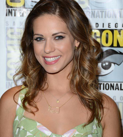 """He looks really good naked.""<br> <br> -- <b>Lyndsy Fonseca</b> on her ""Nikita"" co-star/love interest Dillon Casey"