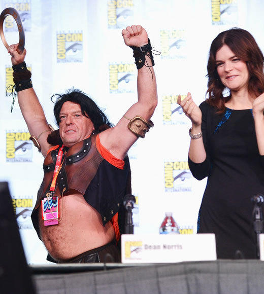 Celebs at Comic-Con 2012: Dean Norris and Betsy Brandt