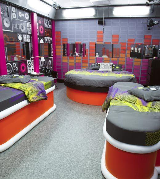 'Big Brother 14' preview pictures: The radio room
