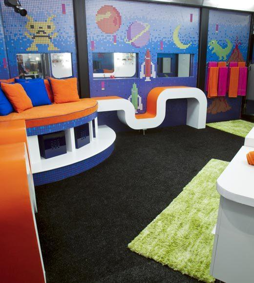 'Big Brother 14' preview pictures: The space bathroom