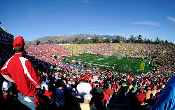 General view of the field before the first half in the 2012 Rose Bowl game between Oregon Ducks and Wisconsin Badgers at the Rose Bowl.