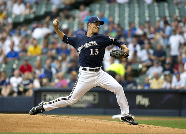 Zack Greinke of the Milwaukee Brewers pitches against the Pirates at Miller Park on Friday.