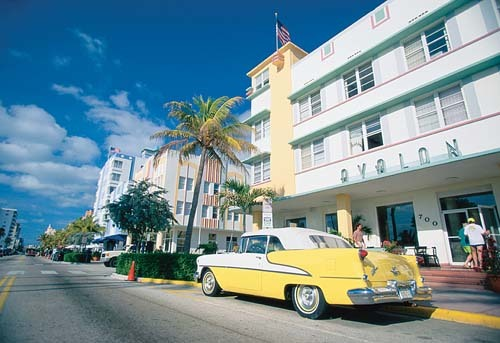 Florida Getaways of the Day - <b>Miami Beach:</b> Art Deco dazzles