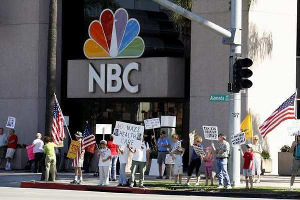 NBC Universal has cancelled a part of their Evolution Plan that proposed building thousands of houses on its back lot.