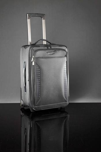 21 inch collapsible carryon by Road Warrior
