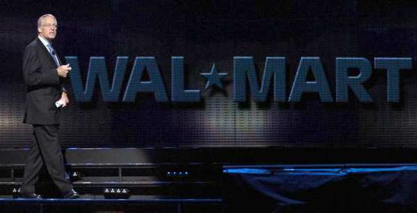 Wal-Mart heirs worth as much as nearly half of Americans combined