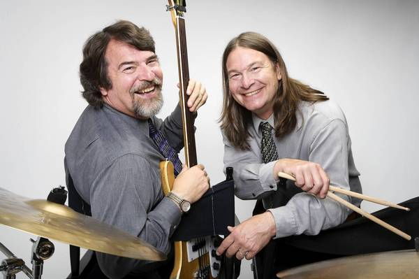 Chris Brubeck, left, and his brother Dan Brubeck, perform two concerts in Connecticut this week.