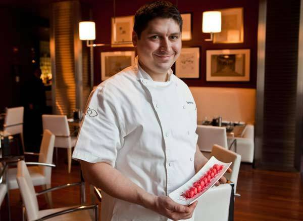 James Beard nominated-pastry chef Patrick Fahy joins the Sixteen team at Trump Chicago.