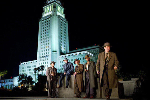 "A source close to Warner Bros. who was not authorized to speak publicly said the studio has pulled its trailers for ""Gangster Squad"" from all theaters."
