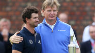 LYTHAM ST. ANNES, England — Ernie Els doffed his cap to the cheering fans when his putt fell at Royal Lytham & St. Annes' 18th hole, doing a little half-pirouette in delight at a strong British Open finish.
