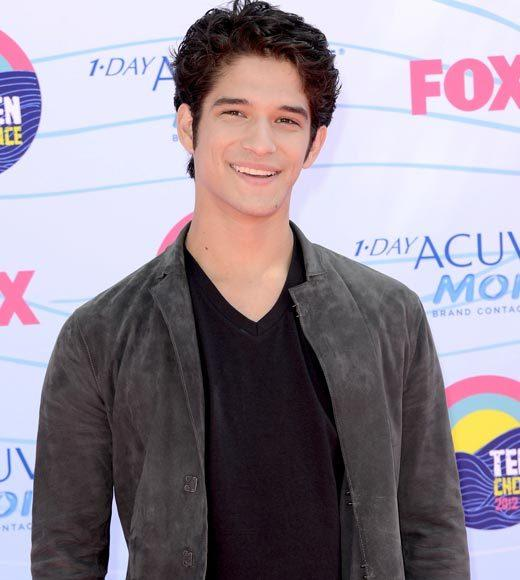 2012 Teen Choice Awards red carpet arrival pics: Tyler Posey