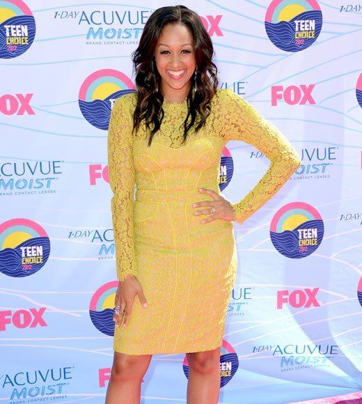 2012 Teen Choice Awards red carpet arrival pics: Tia Mowry