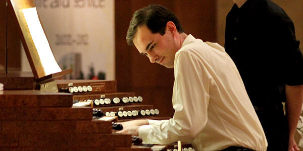 Christopher Houlihan performing Louis Vierne's symphony at Cathedral of Our Lady of the Angels in Los Angeles.