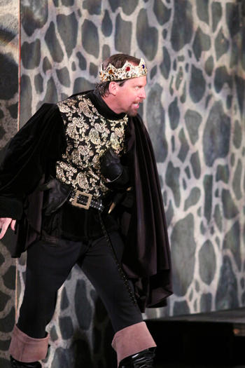 "Kevin Theis in ""Richard III"" in Oak Park."