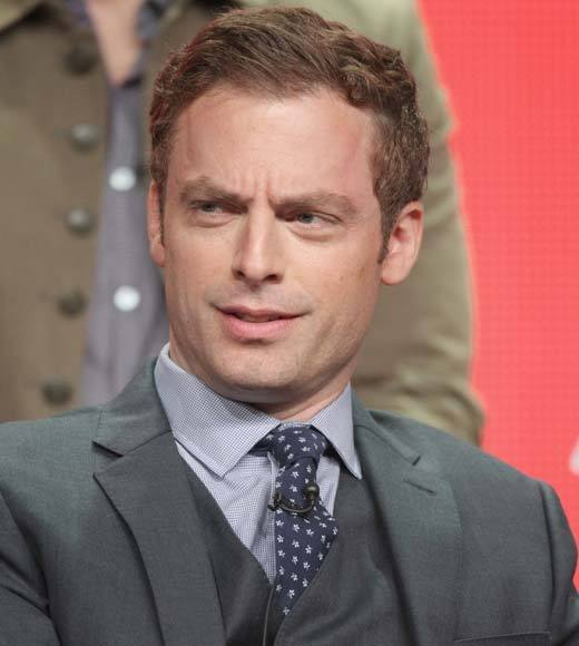 """I do all those things."" -- <b>Justin Kirk</b> after a question praising Crystal the monkey's ability to wear clothes and hit her marks."