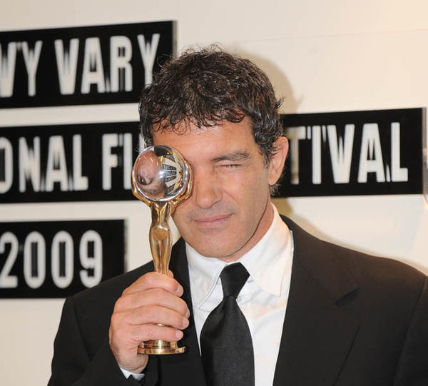 "Actor <a class=""taxInlineTagLink"" id=""PECLB000332"" title=""Antonio Banderas"" href=""/topic/entertainment/antonio-banderas-PECLB000332.topic"">Antonio Banderas</a> is 51 today. (Photo by Michaela Feuereislova/isifa/Getty Images)"