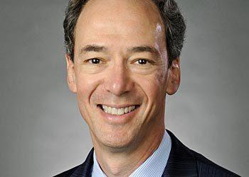 Northern Trust has appointed Carl R. Tannenbaum as its chief economist. He succeeds Paul Kasriel, who retired from Northern Trust earlier this year.   Since 2008, Tannenbaum, 52, has served as senior vice president and head of the risk division at the Federal Reserve Bank of Chicago. Previously, he was chief economist and head of balance sheet management at LaSalle Bank/ABN AMRO.  He received a bachelor¿s degree in finance and economics and an MBA from the University of Chicago.
