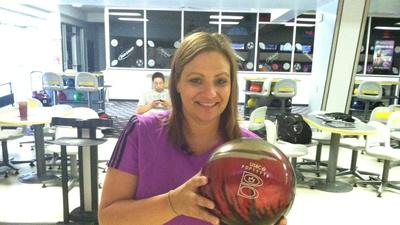 Katie Verbil sets woman's bowling record