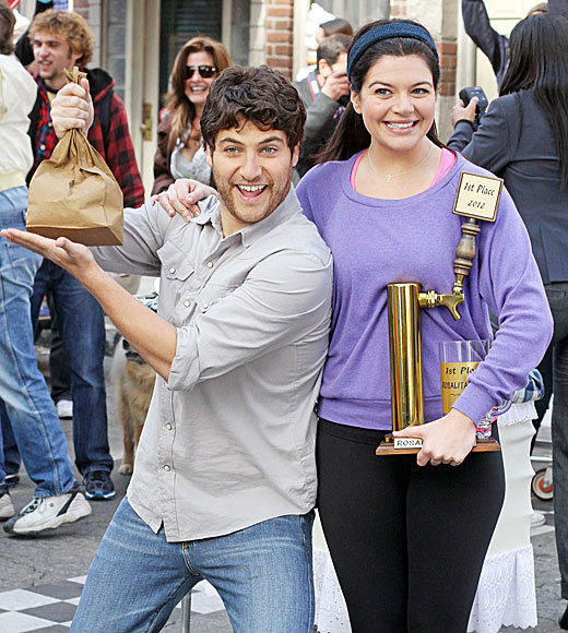 "<b>9 p.m.</b> <br><br> ""Happy Endings"" (ABC) (pictured) <br><br> <b>9:30 p.m.</b> <br><br> ""Don't Trust the B---- in Apt. 23"" (ABC)"