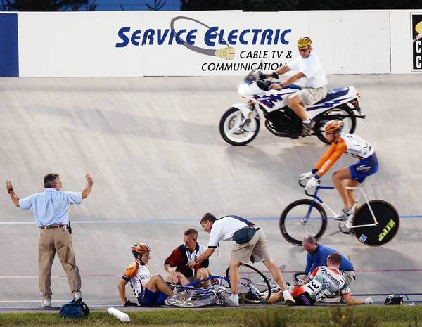 In a rough-and-tumble keirin race at the velodrome in 2002, Andy Lakatosh, bottom right, took a spill. Tonight, he is one of the favorites in the annual Keirin Cup event.