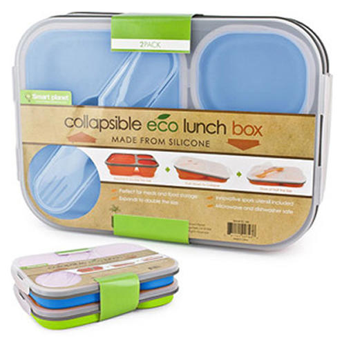 For kids who don't like to carry a lot of things around, they can just squish this container down and stash it in their bags when they're done with their lunch.
