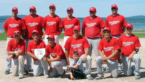 The Saginaw River Dawgs finished with a 4-1 record to win the eight-team Men's Class C,D and E Invitational Sunday at Bayfront Park's Ed White Field.